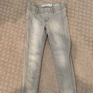 Girls Size 7 jean leggings, like new!